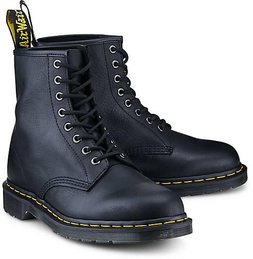 0a9dc71c6837e2 ... Leder bis zu Docs mit floralem Print oder mit klassischem  Brogue-Muster. Entdecken Sie die überraschende Vielfalt und der Trends der  Dr Martens Schuhe ...